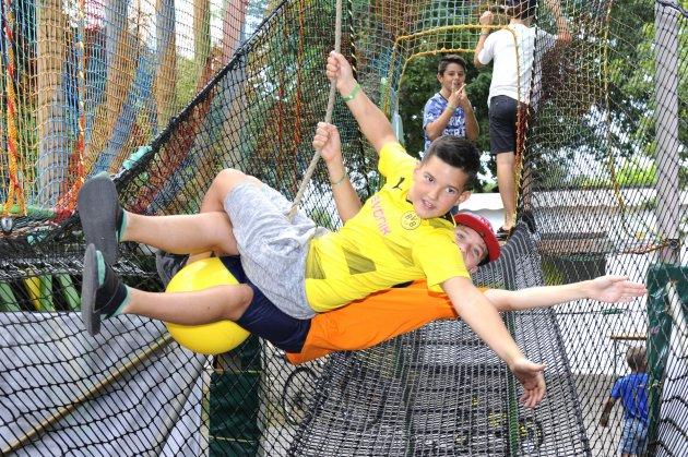 trampoline 32